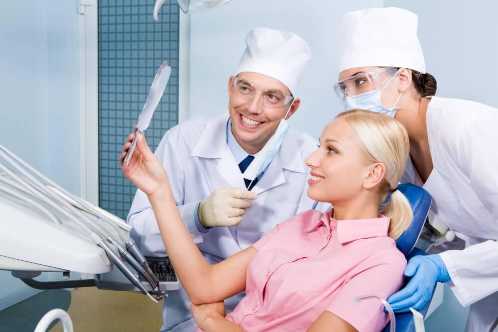 台中植牙專家 人工植牙 3D植牙 南屯牙醫 柯百俞醫師